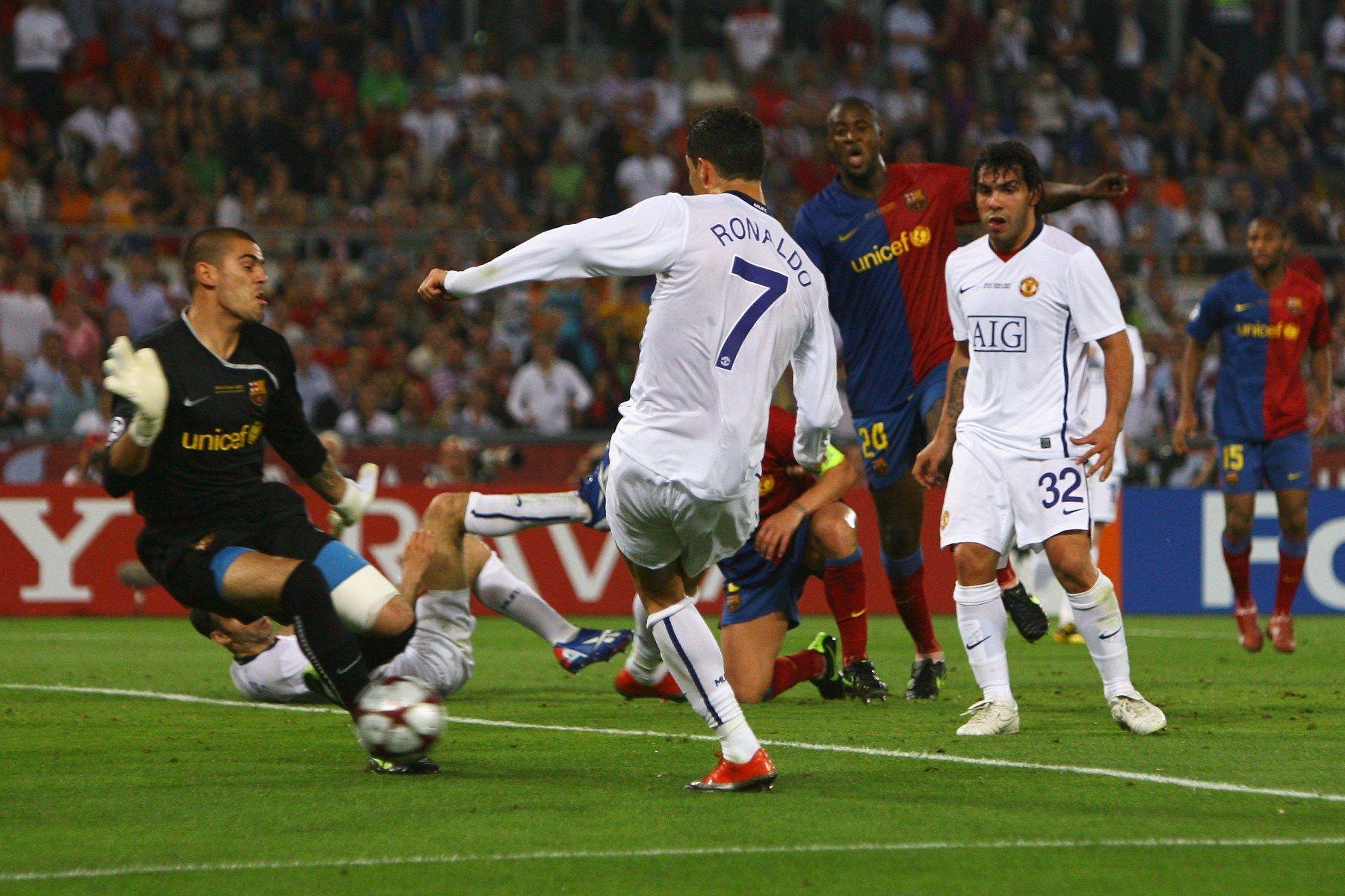 Една от малкото ситуации пред Роналдо в мача