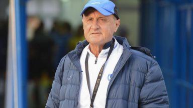 "Легенда на ""Левски"" хвърли оставка и критикува Делио Роси"