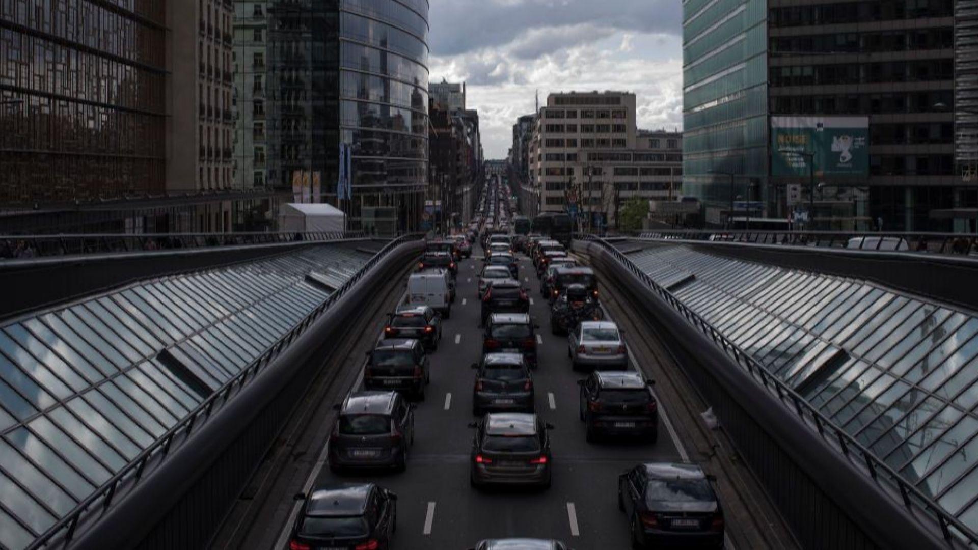 Брюксел предвижда шест пъти по-висок данък за дизелите