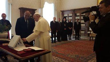 Борисов покани папа Франциск в България заради Западните Балкани