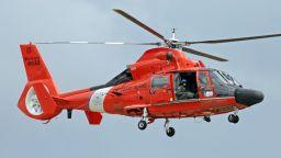 Свалиха с хеликоптери 400 туристи, блокирани на швейцарски връх