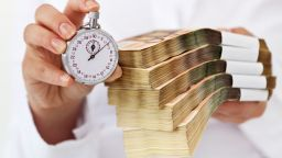 НПО: Реалната лихва при бързите кредити достига 40% годишно