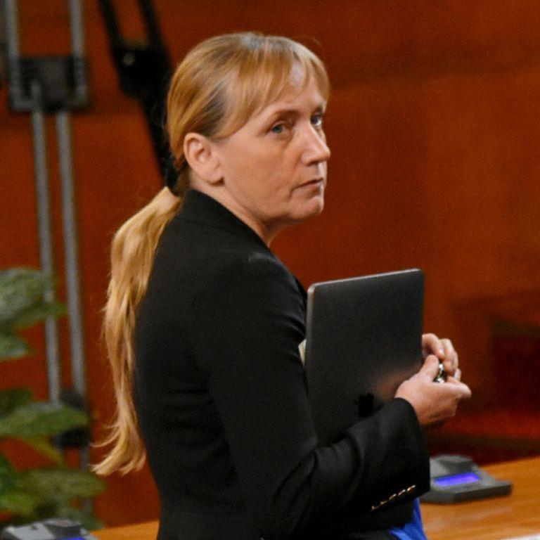 Елена Йончева, депутат от БСП