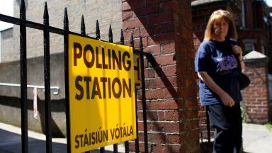 Ирландците отхвърлят забраната за абортите на референдум