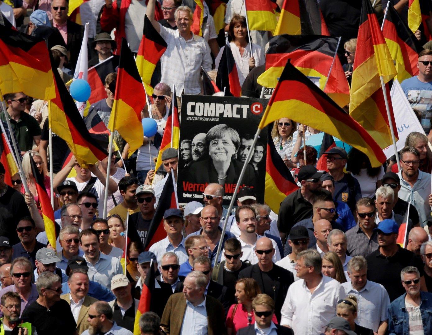 Крайнодесните призова Ангела Меркел да си ходи
