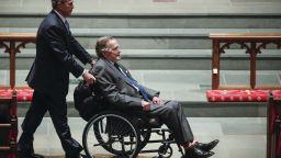 Джорд Буш-баща е приет в болница