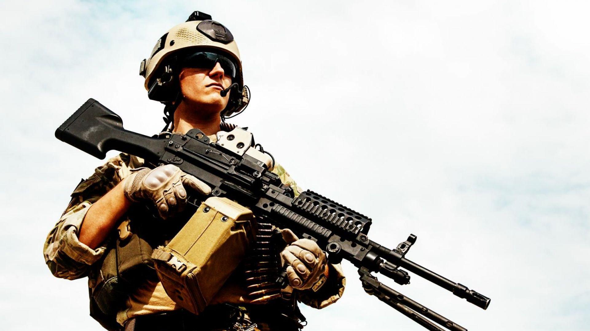 Полша дава $2 милиарда на САЩ за постоянна военна база