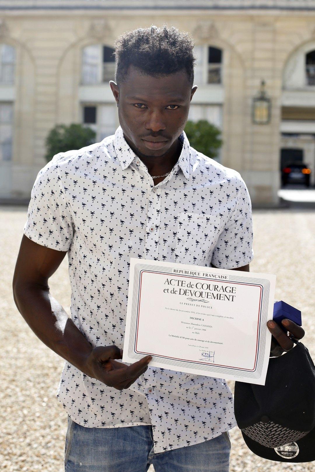 Мамуду Гасама иска да се засели във Франция