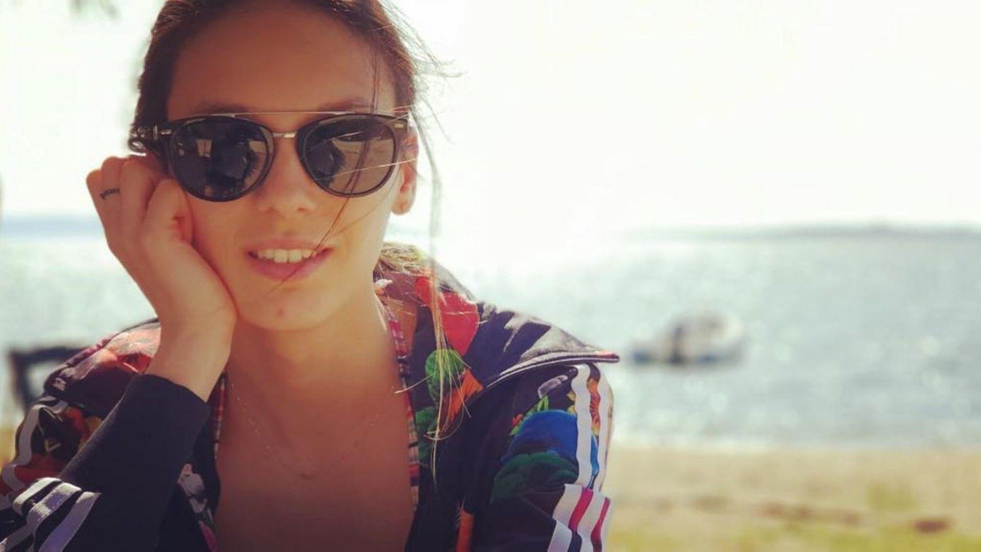 Луиза събира слънце в Гърция