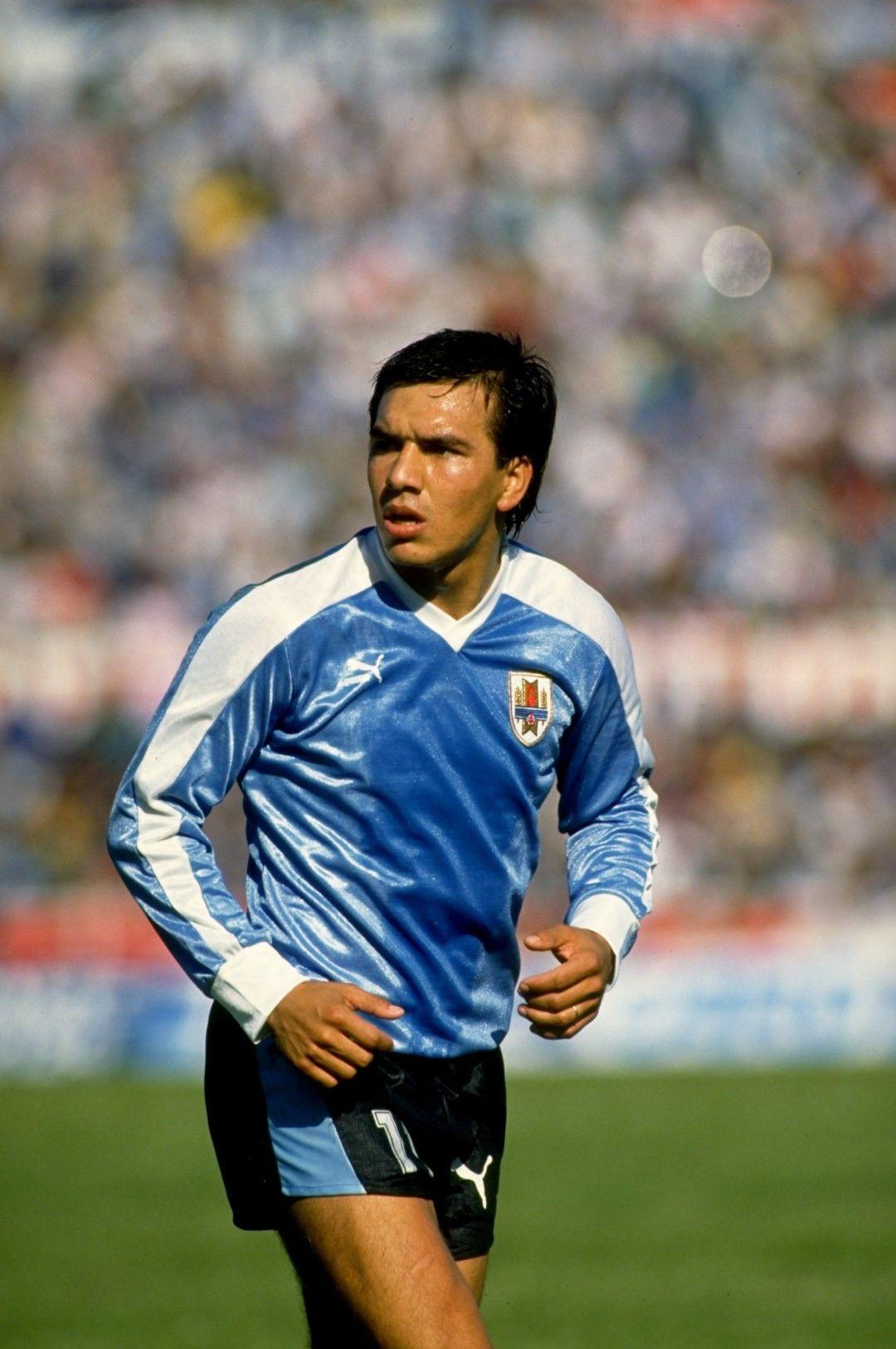 """Рубен Соса бе голяма звезда през 90-те години, талантът в иначе """"работническия отбор"""" на Уругвай. Снимка: Getty Images"""