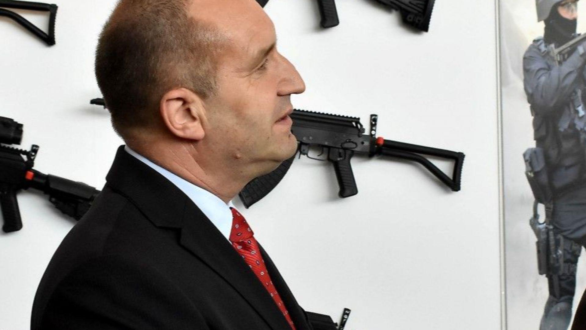"""Радев за искания от Марешки """"военен"""" мораториум: Невежеството е опасно"""