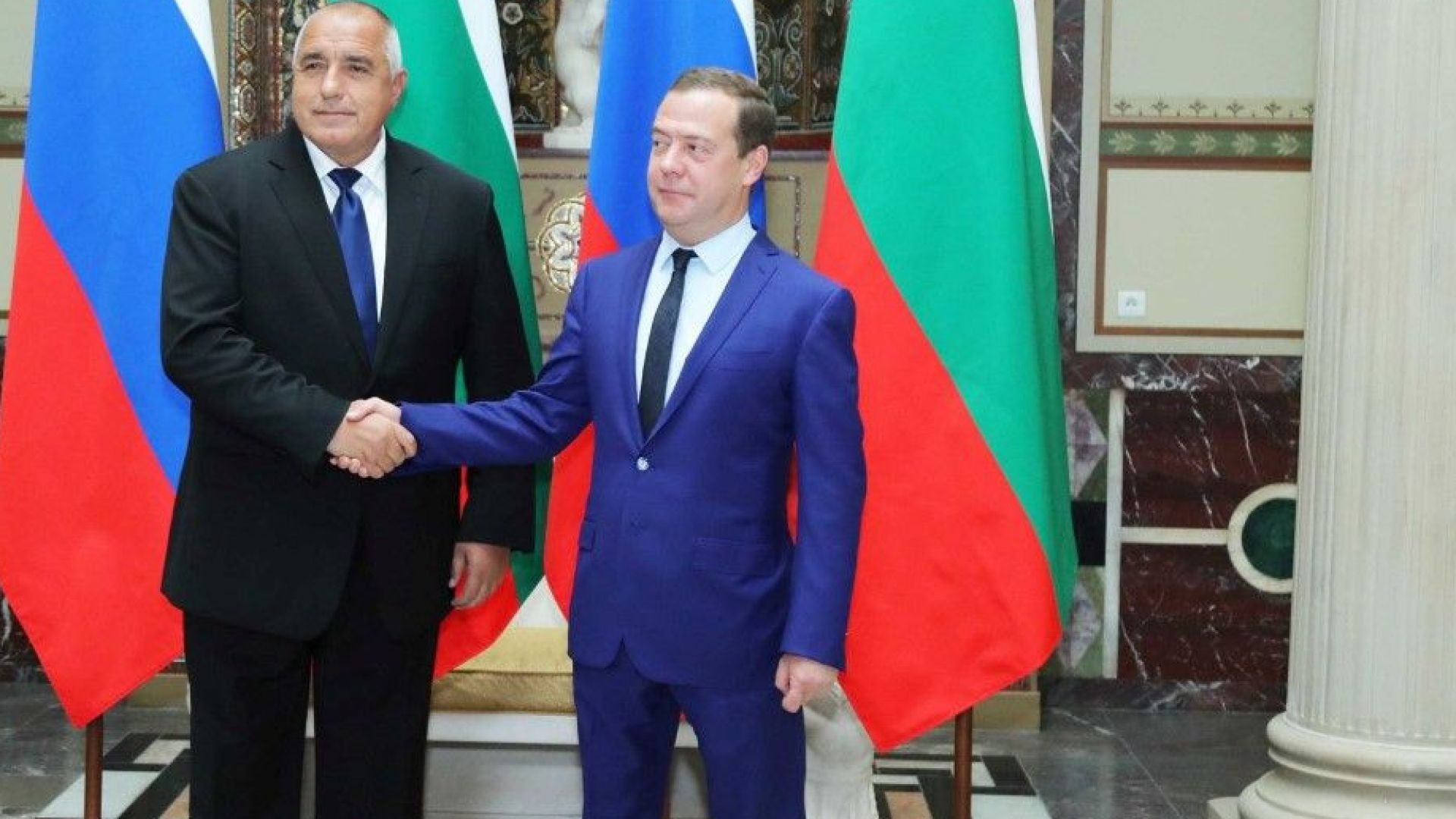 Медведев и Ердоган поздравиха Борисов за 3 март, Путин и Тръмп - Радев
