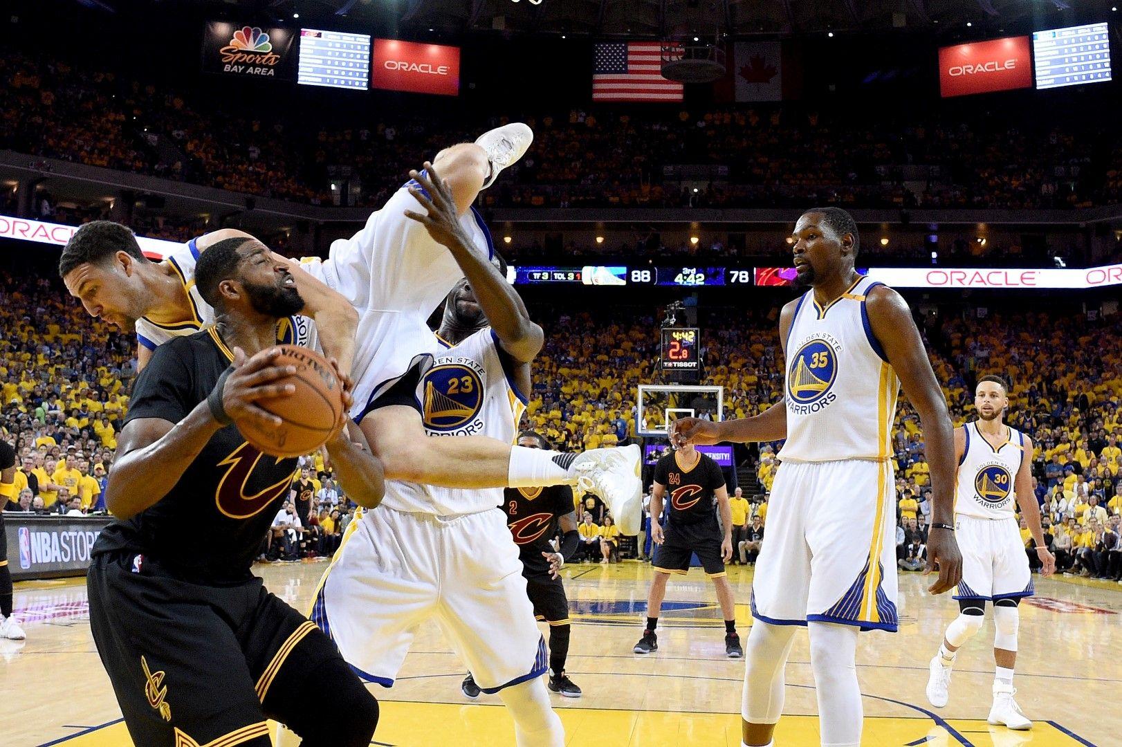 Това е ерата на едно ново съперничество, непознато като постоянство досега в НБА - четири поредни финални серии!