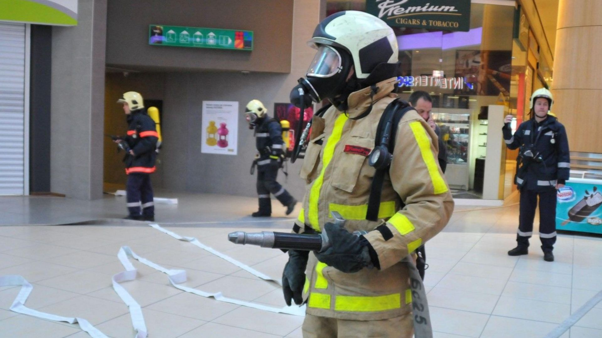 Пожарникарите-с нови униформи за 5.4 милиона лева