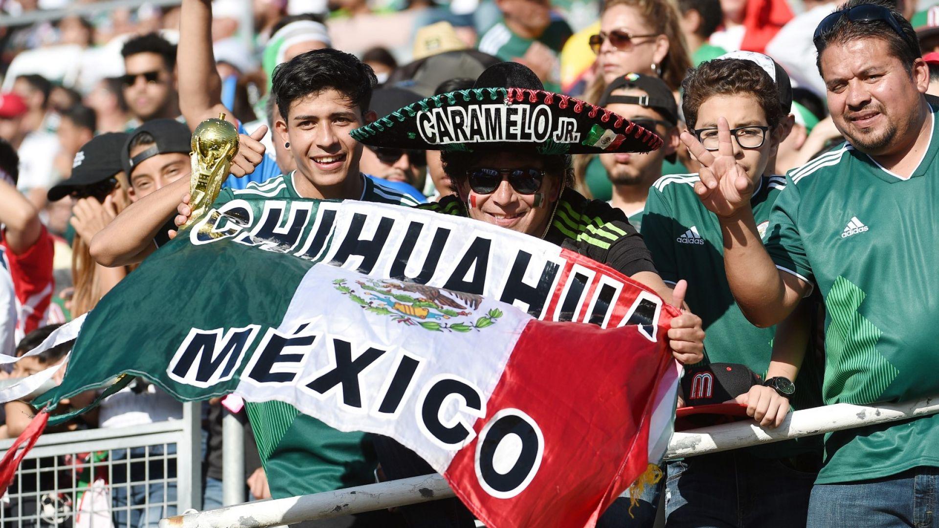 """Призоваха мексиканците: Скандирайте """"Путин"""" вместо """"путо"""""""