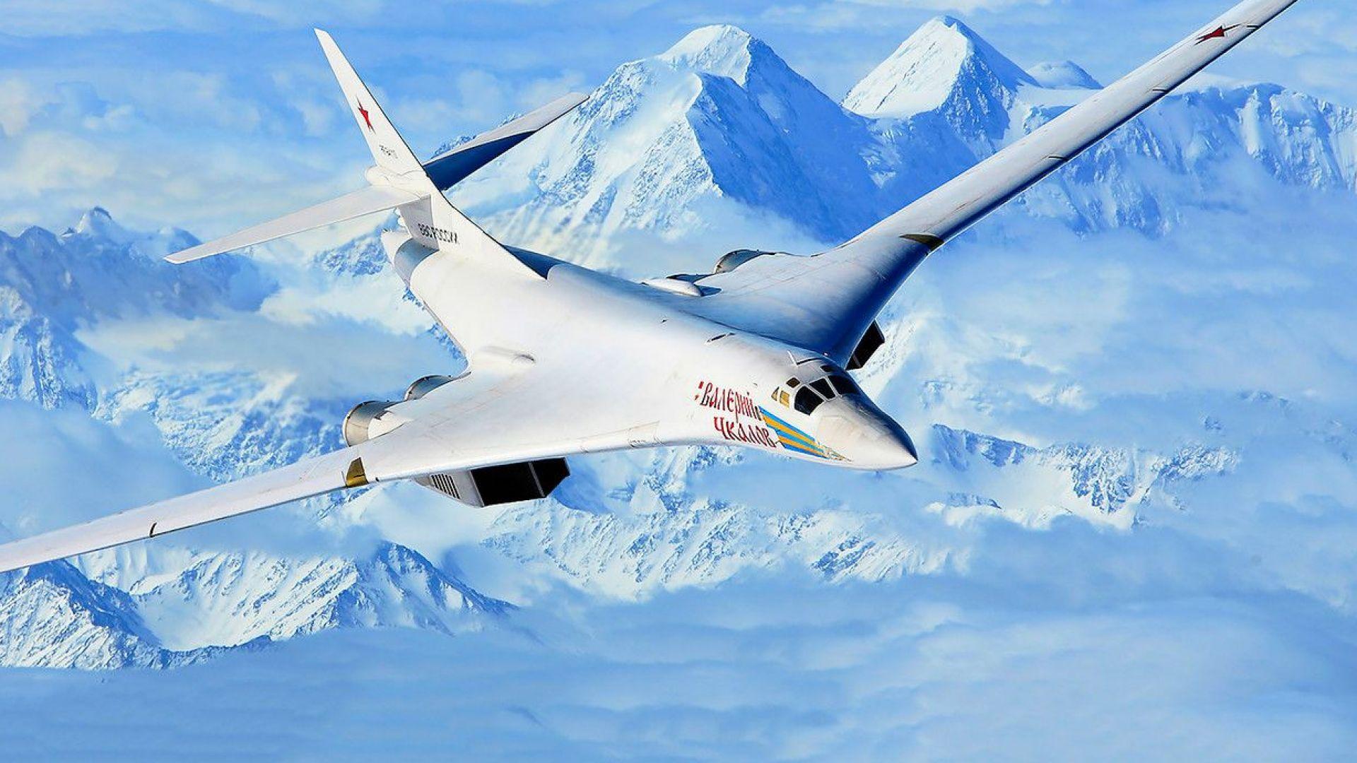 Два стратегически бомбардировача Ту-160 изпрати Русия в Анадир на Чукотския