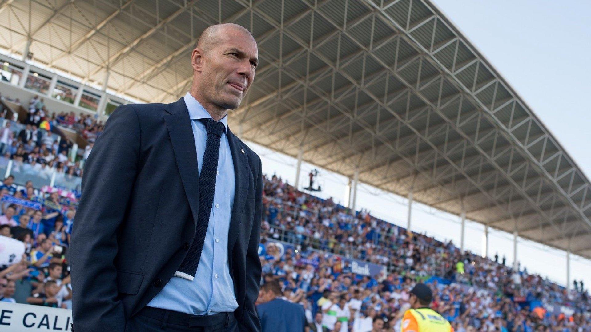 """Големият Зидан се отказа от 24 милиона евро неустойка, която му дължи """"Реал"""""""