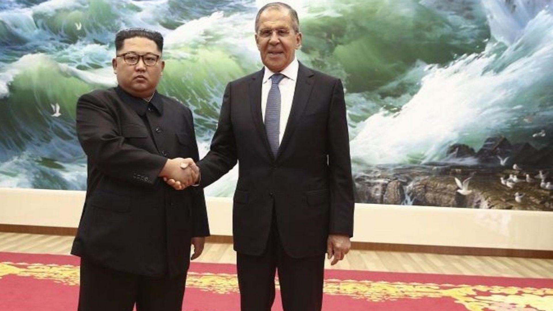 Ким Чен-ун посрещна Лавров в Пхенян, той го поздрави от Путин