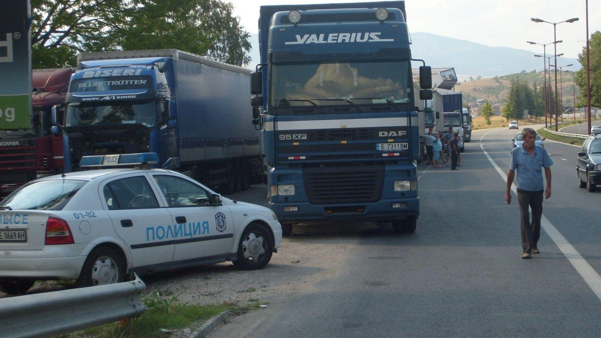 """Тираджия блъсна и уби колега на магистрала """"Марица"""""""