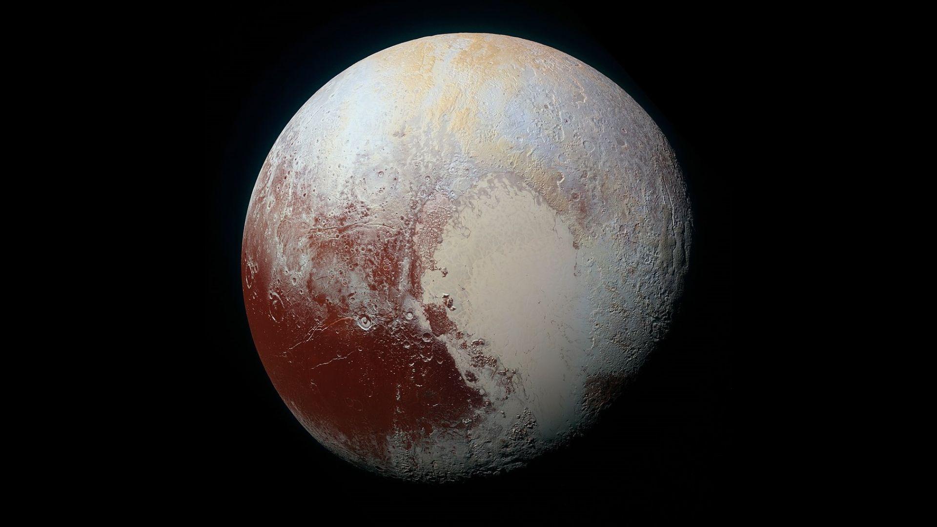 На Плутон може да има океан от течна вода