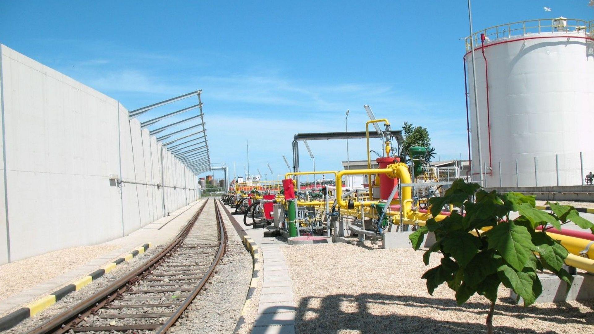БМФ Порт Бургас е вложило милиони за да изпълни всички изисквания за пренос на газ и петрол
