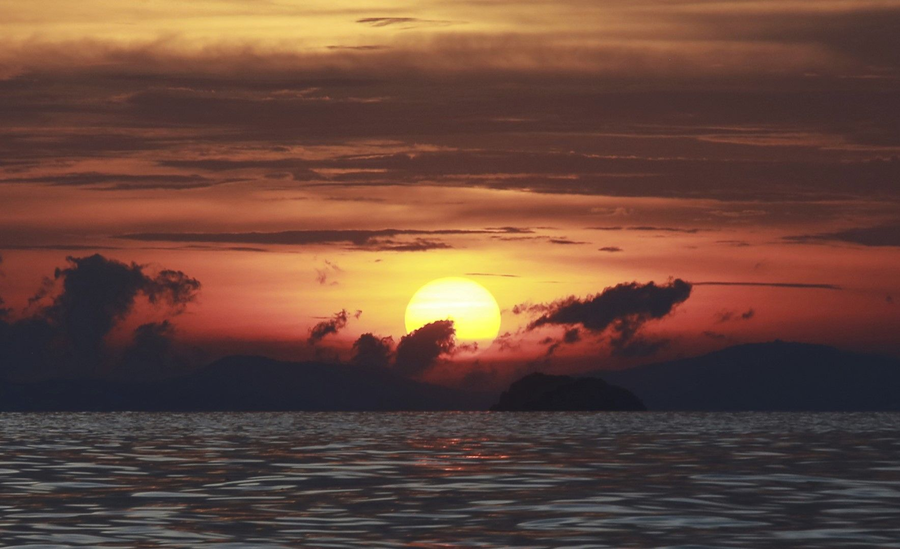 Мая Бей в Тайланд - един от най-красивите морски заливи