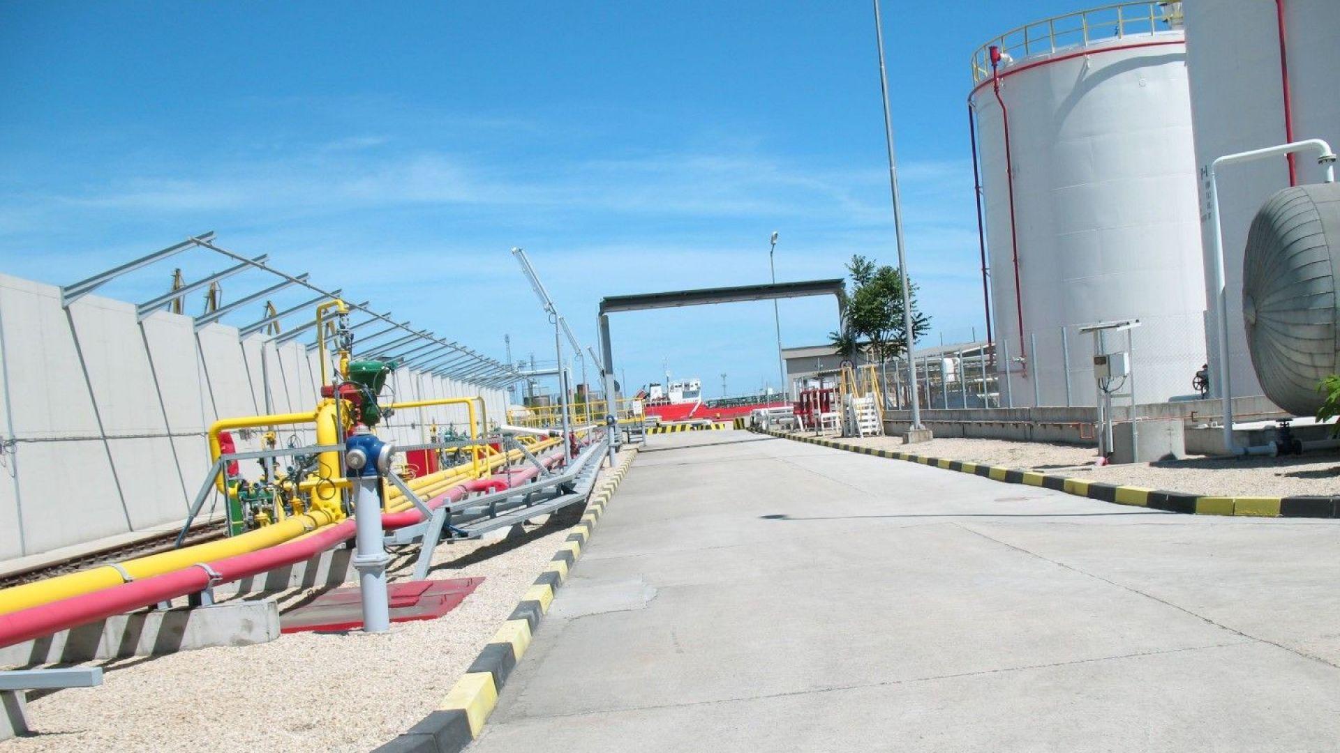 """От началото на концесионния договор през 2012 г. досега дружеството е инвестирало в пристанищните терминали """"Изток 2"""" и """"Запад"""" 99 млн. евро"""