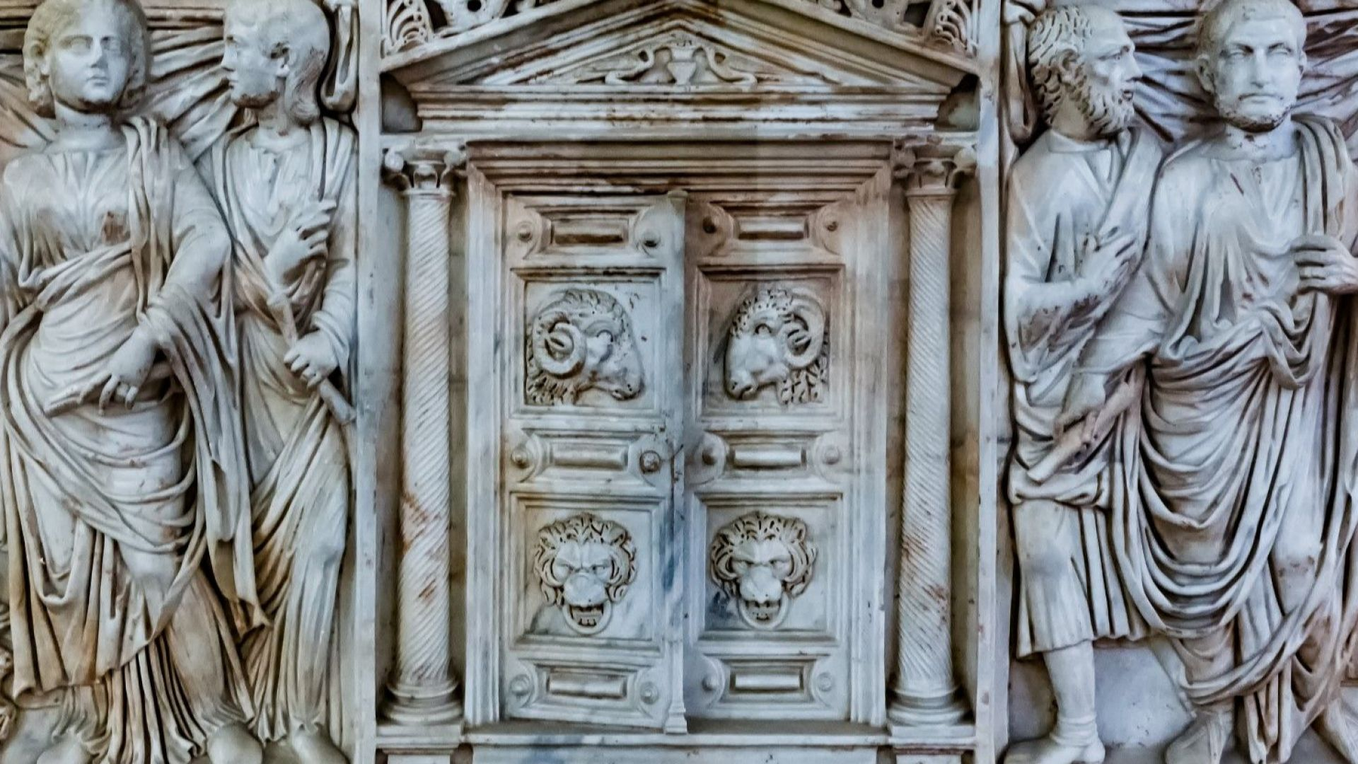 В Сърбия: Откриха римско погребение с много злато, скъпоценности и артефакти