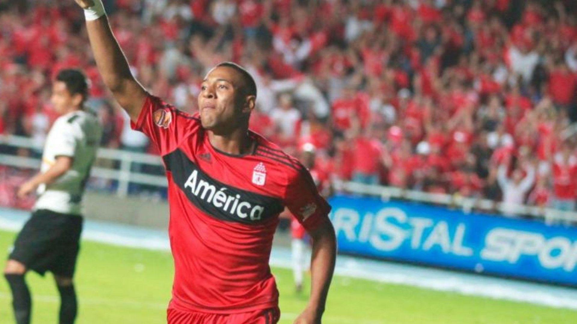 Убиха на улицата популярен колумбийски футболист