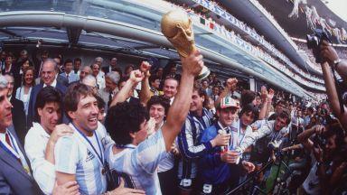 Историята на Световните първенства: Как Марадона се изправи срещу целия свят и го победи