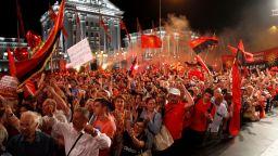 Десетки хиляди блокираха Скопие с искане за предсрочни избори