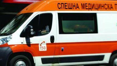 Тежка катастрофа край Кресна: има загинал. Дълги колони коли чакат да преминат