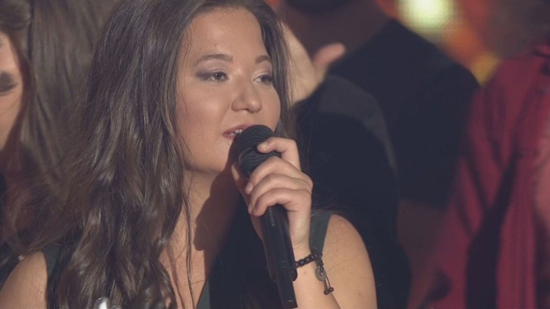 """22-годишна софиянка си тръгна с 50 000 лв. и хит от """"Гласът на България"""""""