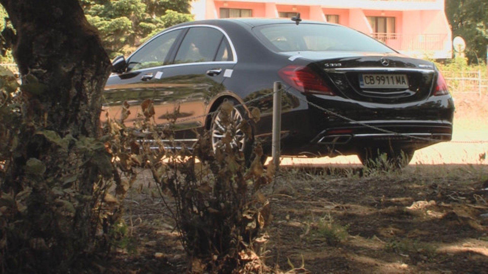Бизнесменът беше убит в луксозния си автомобил
