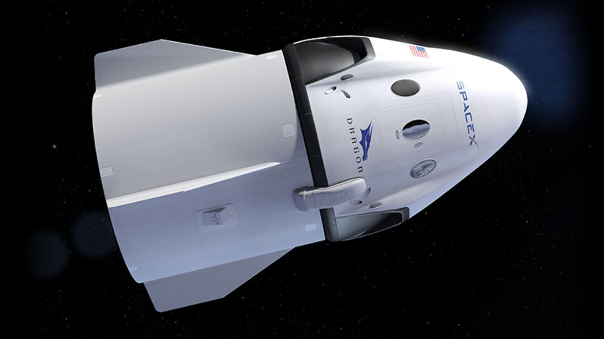 SpaceX отлага туристическия полет около Луната
