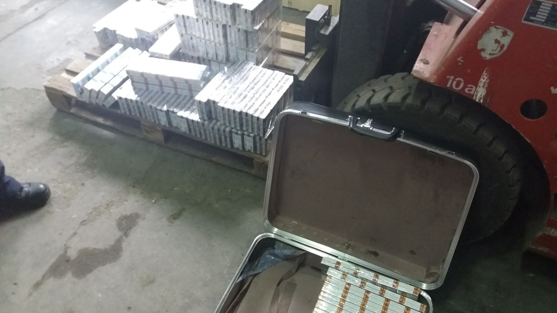 ИПИ: Загубата от контрабанда на цигари е 200 млн. лв.