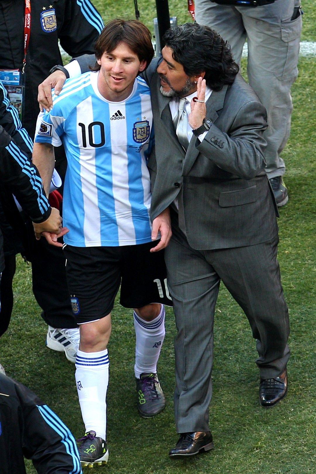 Марадона обаче е доволен - три мача, три победи в групата и пътят към елиминациите е разчистен.