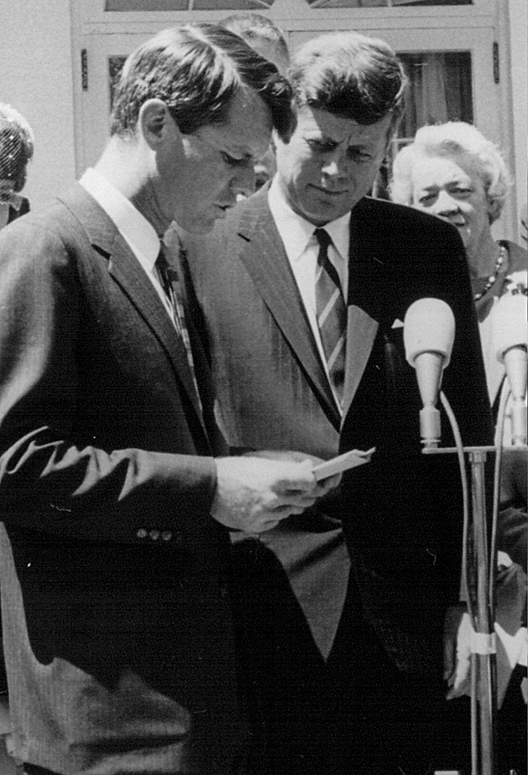 Робърт и Джон Кенеди