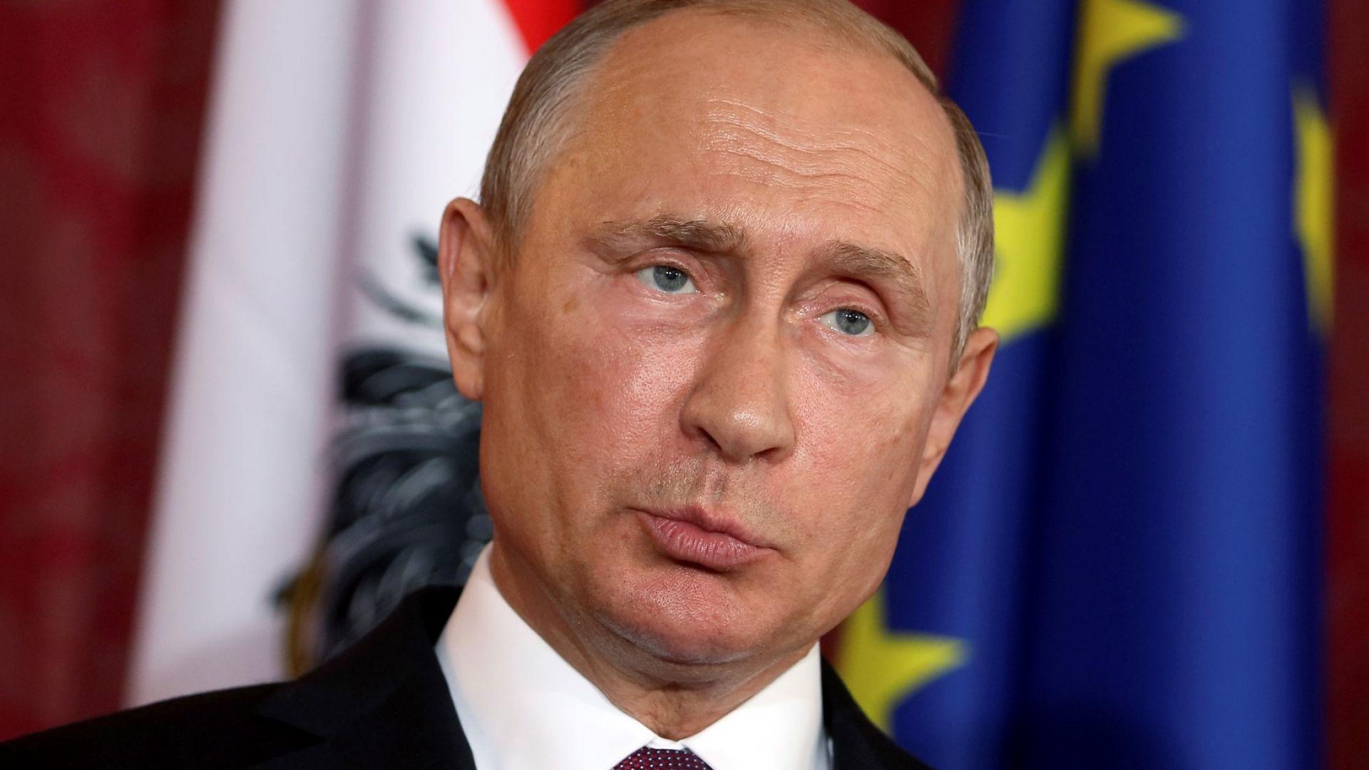 1, 2 млн. въпроса изпратени до Путин, руснаците питат за скъпия бензин и късната пенсия