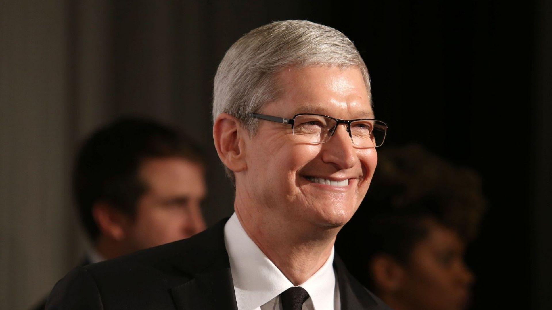 Apple на път да стане първата компания, чиято стойност е 1 трилион долара