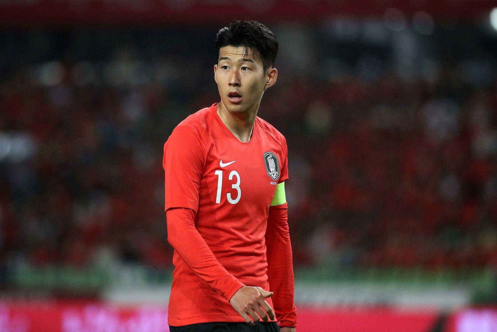 Сон Хюн-Мин освен звезда е и капитан на тима