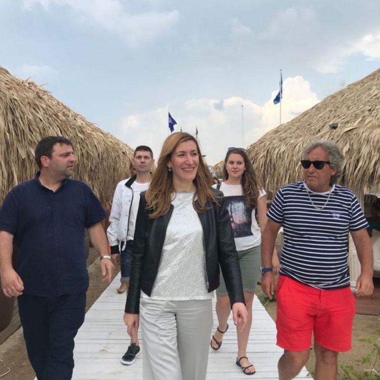 Николина Ангелкова, министър на туризма
