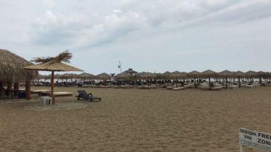Симеонов vs. Ангелкова: Строи ли се на плажа?
