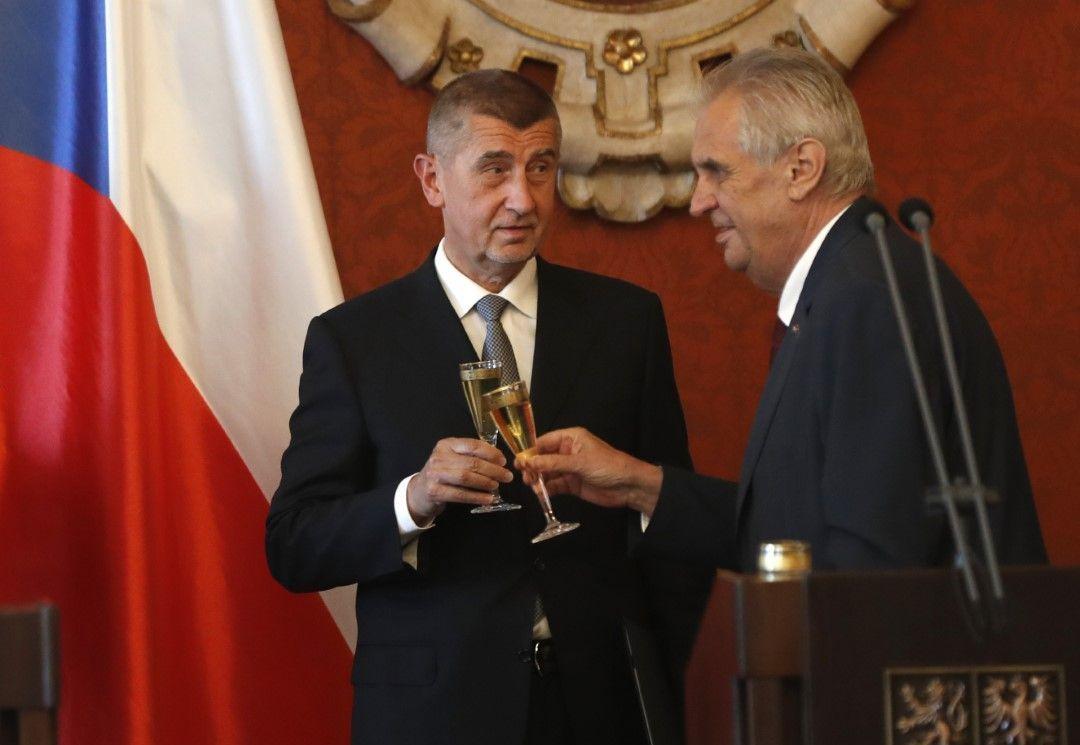 Премиерът Андрей Бабиш и президентът Милош Земан