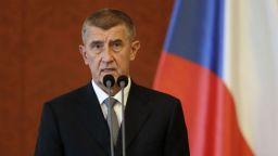 Премиерът на Чехия разпитван за присвояване на еврофондове