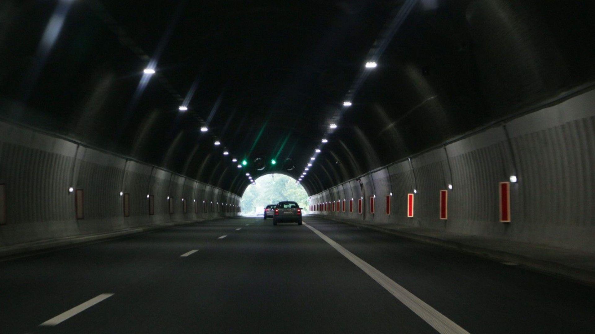 """За 5 часа движението в два тунела на """"Тракия"""" и """"Хемус"""" ще е в една лента"""
