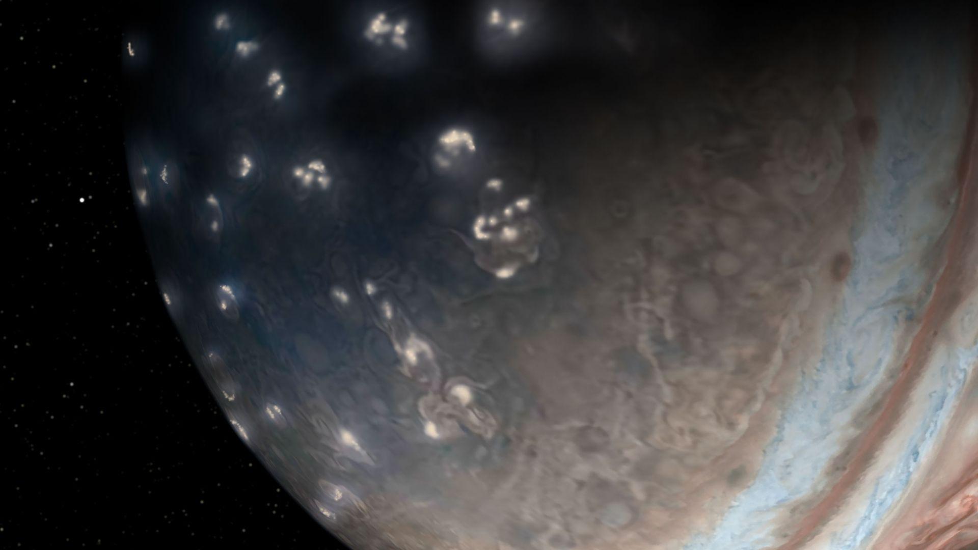 Какви са светкавиците на Юпитер