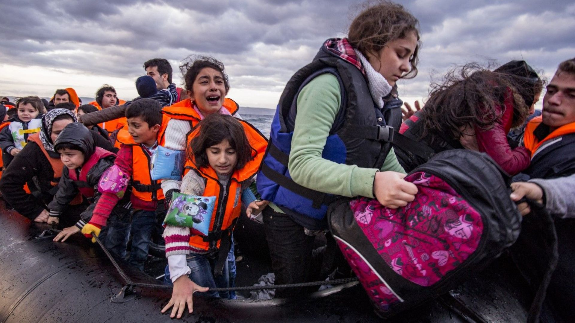 ООН: Срам за Европа да не допусне кораб с бежанци