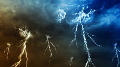 Захлаждане, бури и порои след обяд и довечера