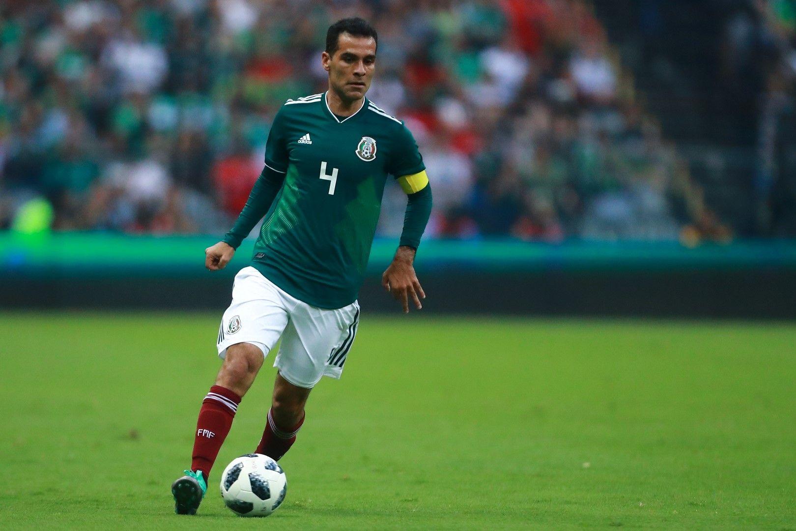 Рафаел Маркес ще играе на рекордно пето Световно